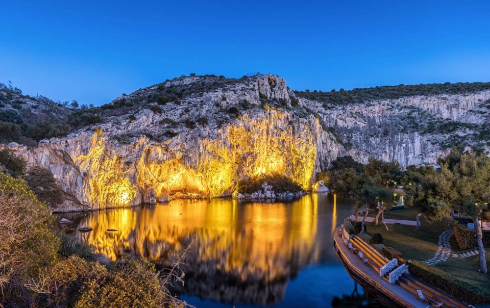 lake vouliagmeni glyfada greece - Emmantina Hotel